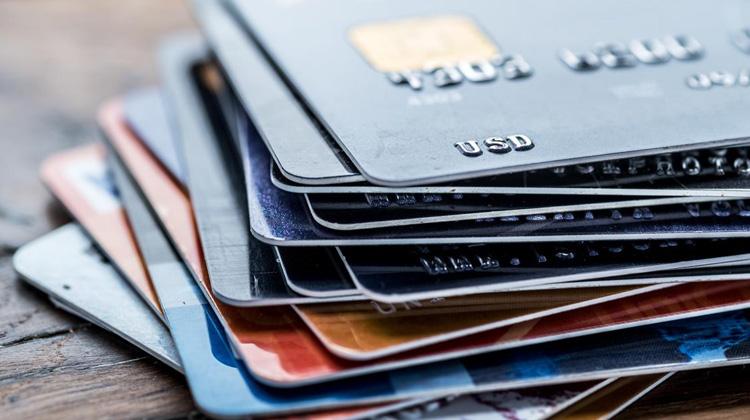 El interés usurario de las tarjetas revolving y la posible abusividad del IRPH.